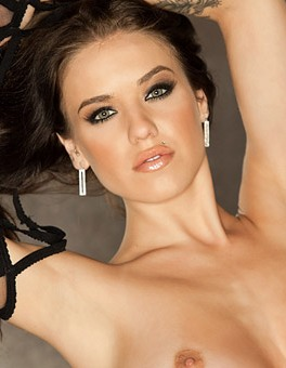 playboy cybergirl of the year tess taylor arlington star of pretty wild