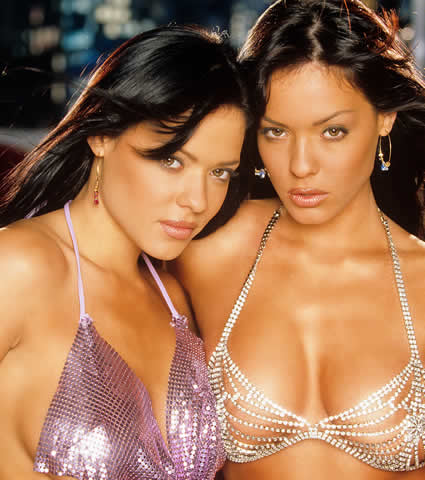 teles twins nude