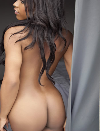 black amateur model fierra cruz