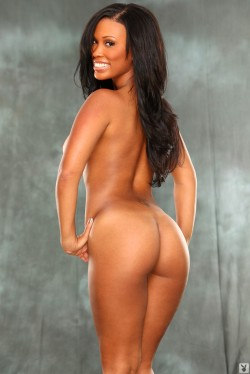 ebony nude leola bell playboy playmate february 2012 sucks ice