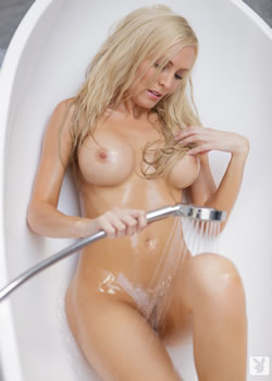 playboy blonde jennifer vaughn