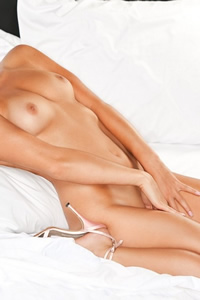 casey lauren playboy nude model and stunning cybergirl of the week