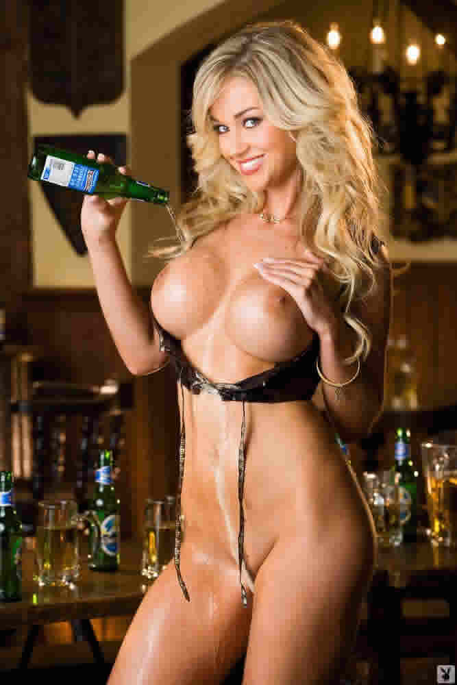 Playboy Cyberclub Playmate 2008 Regina Deutinger