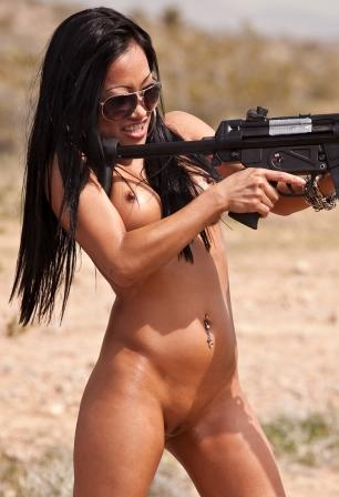 girl Fucking with gun naked