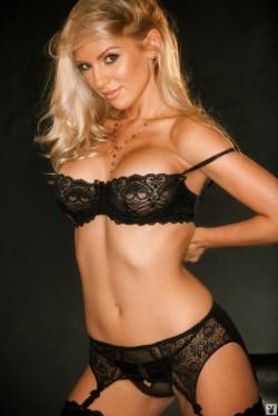 playboys busty blonde sydney barlette cyberclub nude gallery